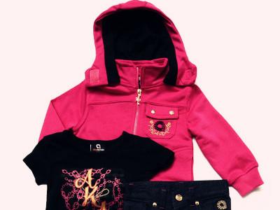 3pc set-tee, jeans & hooded sweatshirt