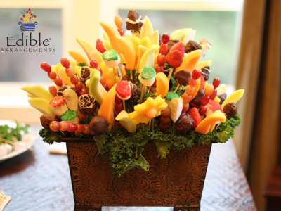 www.facebook.com/ediblearrangements Win A Simply Dipped Mixed Fruit Box In Edible Arrangements Trivia Tuesday Giveaway Contest
